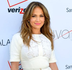 1383749779_jennifer-lopez-article